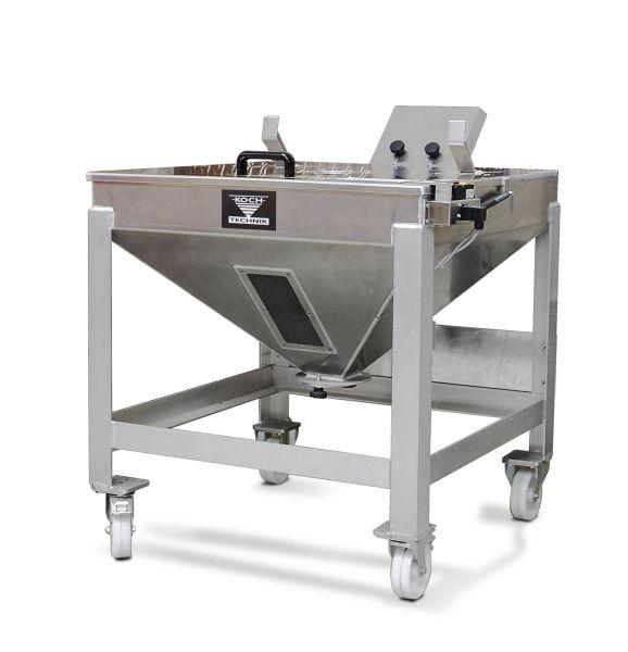 Die Materialcontainer, auch Sackaufgabebehälter genannt, öffnen sich erst, wenn das einzufüllende Material zuvor über Barcode-Scanns verifiziert wurde. Bild: Koch-Technik