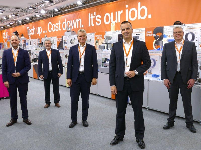 Die erweiterte Geschäftsführung. V. l. n. r.: Michael Blass, Gerhard Baus, Frank Blase, Tobias Vogel und Artur Peplinski (Bild: igus GmbH).